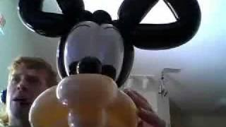 how to make balloon hats : Mickey & Minnie Mouse look a like balloon hat by The Balloon Bandit