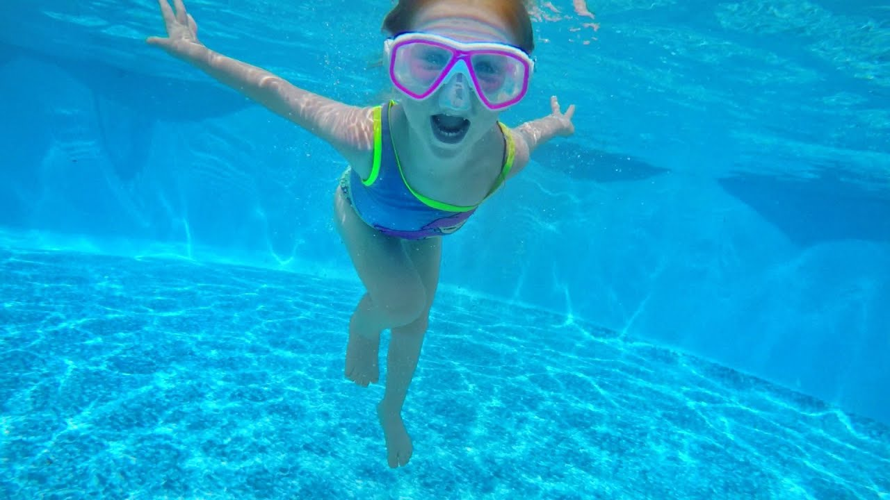 Download ADLEY LEARNS TO SWIM UNDERWATER!! My Secret Birthday Party in a Backyard Pool with the Family :)
