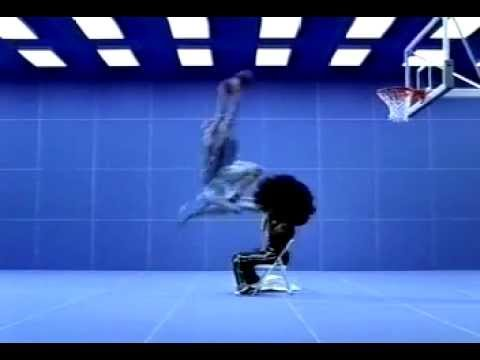 sports shoes e1aed 63c35 2000 Vince Carter Nike SHOX Commercial Jumping Over Gary Payton ...