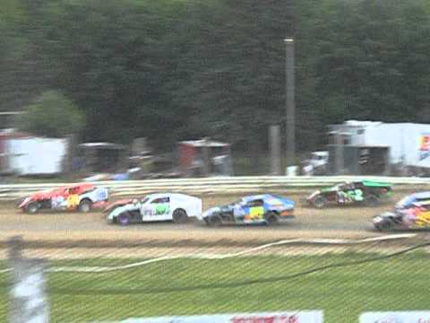 2011 Bemidji Speedway July 10 - WISSOTA Midwest Modified Feature First Two Laps
