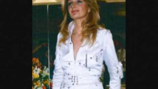 Bonnie Tyler -My Guns Are Loaded Rare  Country Version