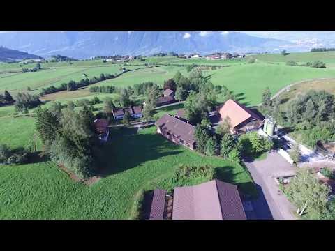 AgroVet-Strickhof Betriebsstandort Früebüel (Walchwil ZG) - Drohnenflug vom 22.08.2017