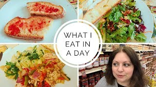 1. What I Eat in a Day - Mediterranean Diet