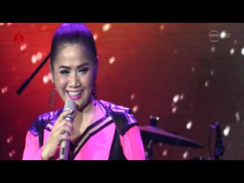 Wow - Vina Panduwinata (Live at STEROIDS 2016)