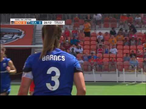 Highlights: Katie Johnson scores as Seattle Reign FC beats the Houston Dash 2-0
