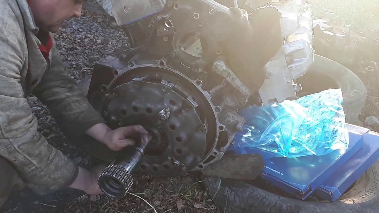 Урал 4320 часть 18 . Ремонт,  регулировка сцепления двигателя камаз 740.
