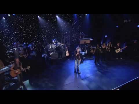 Rod Stewart Live from Nokia Times Square 2006-Crazy Love.avi