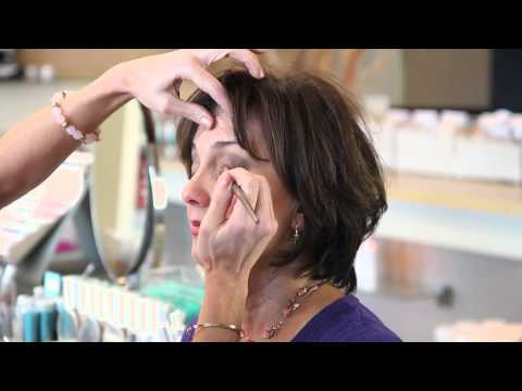 How to Apply a Dramatic Look for Eyes Over 50