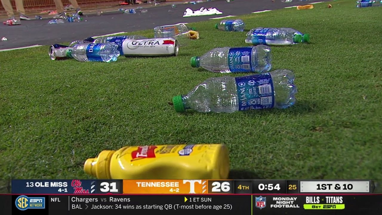 A mustard bottle, a golf ball and a hot dog: How Tennessee fans ...