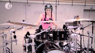 Anika Nilles -