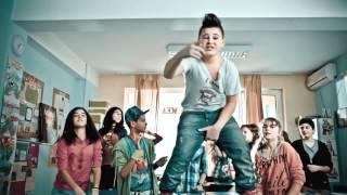 Repeat youtube video Fresh Kid - N-ai scoala... e nasol feat. Boier Bibescu [Official video HD]