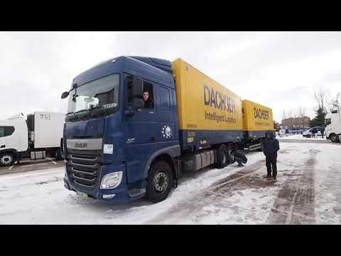 Camiones embolsados en el párking del Zorrilla de Valladolid