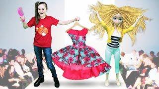 Будет исполнено показ мод Барби. Игры одевалки для девочек.