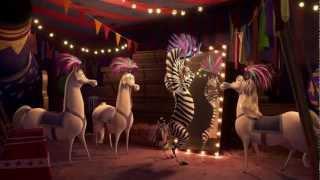 "Madagascar 3: Ricercati in Europa - Clip in italiano ""Afro Circo"""