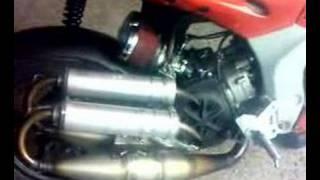gilera dna bicilindrico(motore realizzato e brevettato da Cateno Miano Giardini Naxos (ME) www.catenomiano.it., 2008-03-17T13:00:38.000Z)