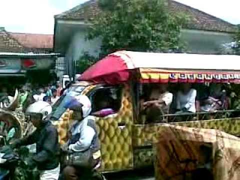 Arjawinangun Carnaval. Arak-arakan muludan di Arjawinangun,cirebon 02022013 (2)