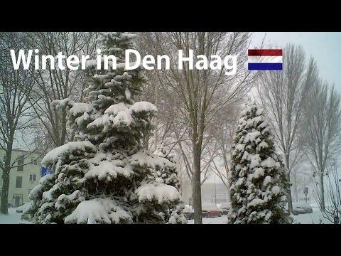 HOLLAND: Heavy snowfall in The Hague 2009