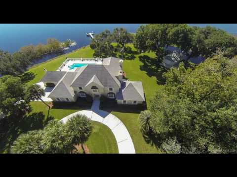 Waterfront Estate Home for Sale In Inverness, FL