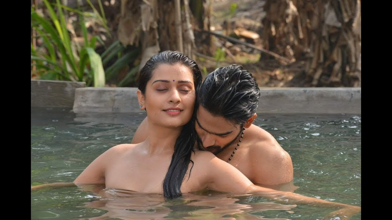 Hot Hot Rx 100 Movie Latest Still,Photos  Lion Media -7917