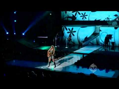 Taylor Swift- Fearless Tour- Fearless (HD with Speech