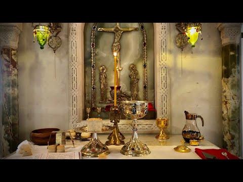 Божественная литургия в праздник в честь св. первоверховных апп. Петра и Павла