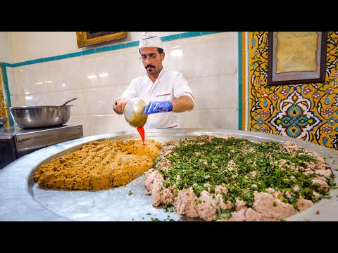 Persian KINGS of Minced Lamb!! 🐑SHOCKING IRANIAN FOOD in Isfahan, Iran!! 🇮🇷