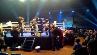Бокс: Хурцидзе против Дюрана в Запорожье 18.12.2011