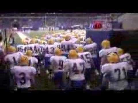 Carmel Greyhounds coming out of RCA Dome at State