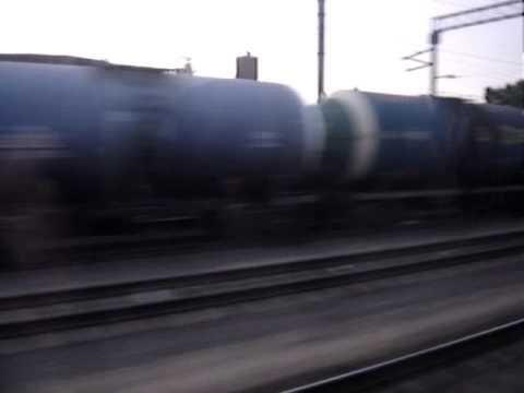 Поезд Рыбинск(Углич)-Москва. Проезжаем Дмитров, Яхрому