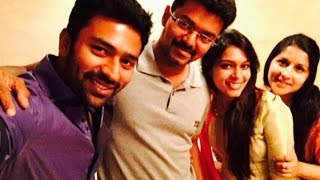 Vijay hosts dinner for newlyweds Shanthanu Bhagyaraj and Keerthi