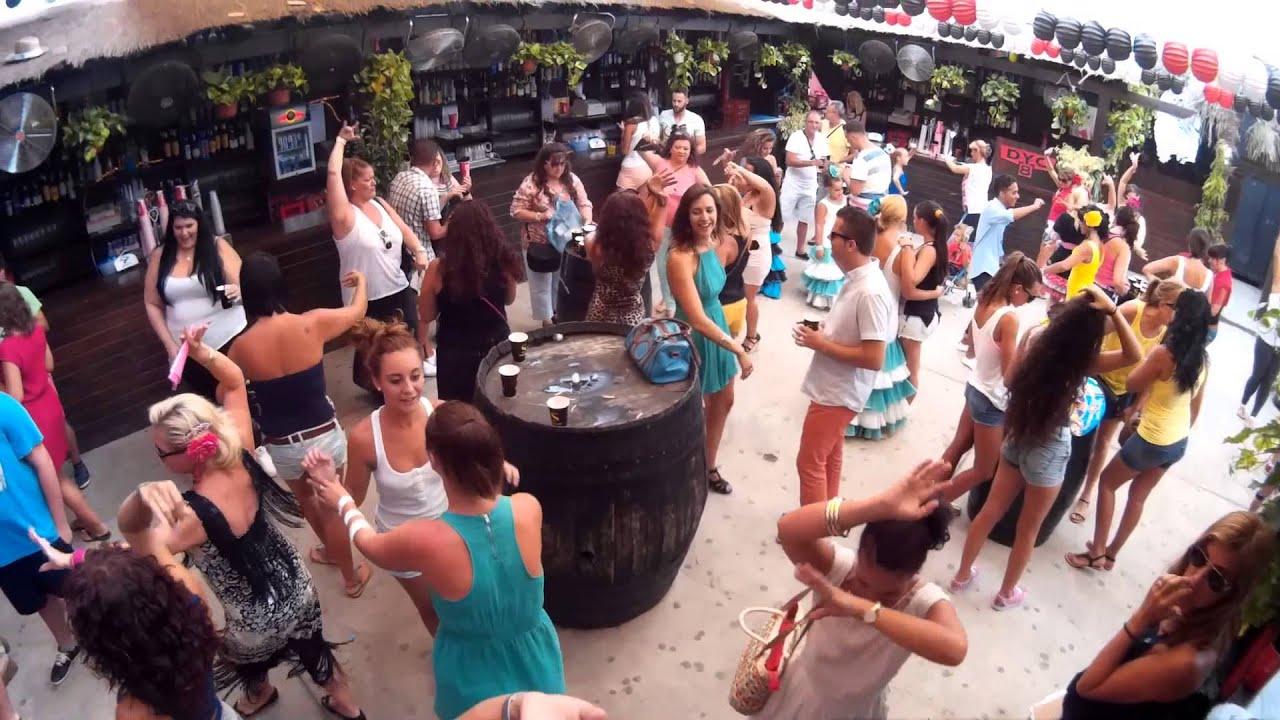 Feria malaga 2014 caseta malafama dance in the streets for Plaza uncibay