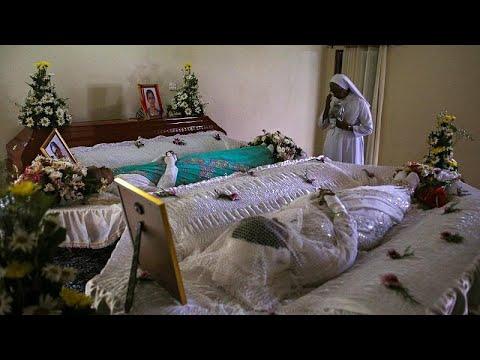 ارتفاع عدد قتلى تفجيرات سريلانكا إلى 359 شخصا  - نشر قبل 4 ساعة