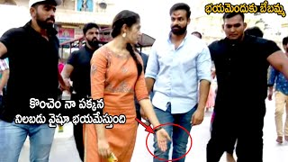 Krithi Shetty Cute Love Towards on Vaishnav Tej | Bhadrakali Temple | Life Andhra Tv