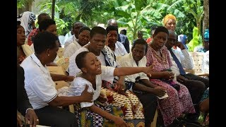 Familia ya Mtoto aliyepoteza wazazi na ndugu yawajia juu Wanaosambaza picha - Clouds Habari.