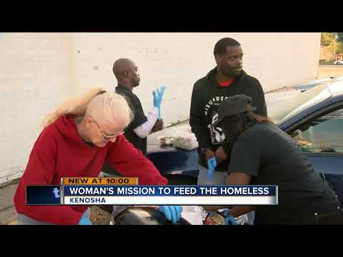 Kenosha woman feeds the homeless with her own money