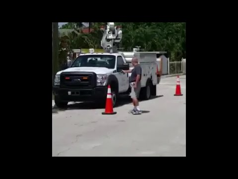 FULL VIDEO: Florida homeowner shoots at AT&T trucks, upset they were parked outside his home
