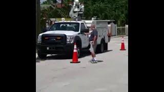 FULL VIDEO: Florida homeowner shoots at...