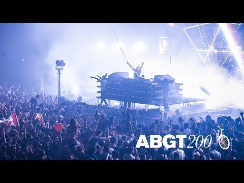ilan Bluestone feat. Giuseppe De Luca 'Frozen Ground' live at #ABGT200, Amsterdam