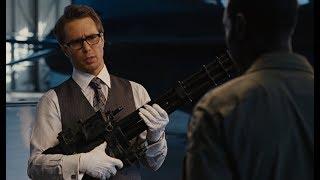 Джастин Хаммер демонстрирует Оружие Машины Войны   Железный Человек 2 (2010)
