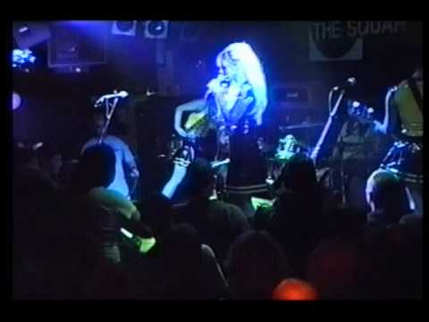 Lunachicks Live At The Square Harlow 1999