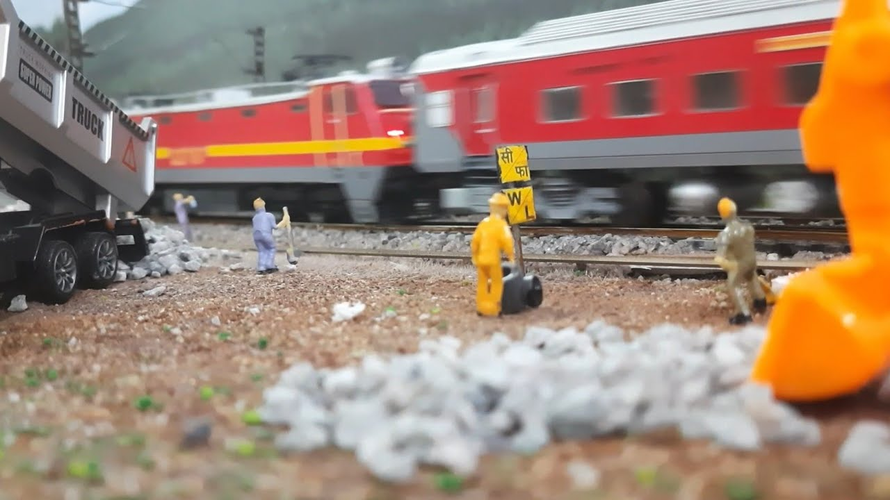 Indian Model Train in Ho scale | Miniature figures | Construction work going on railway track