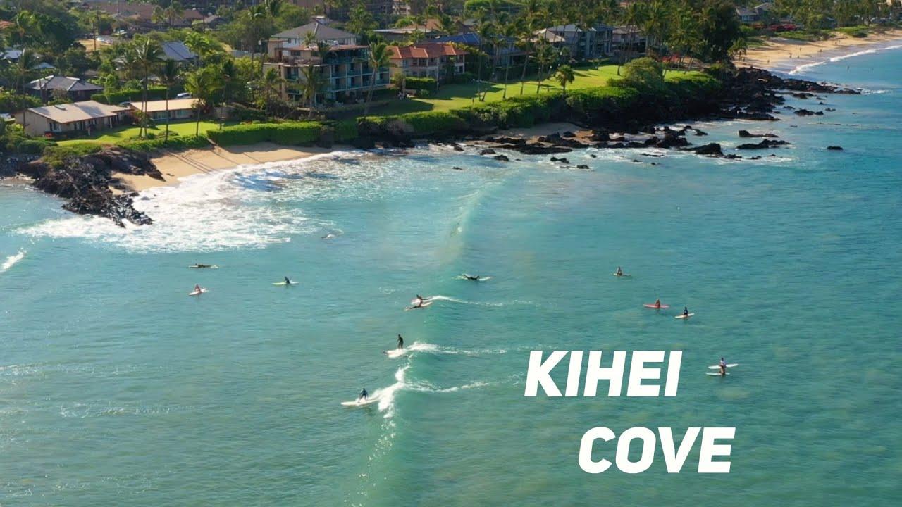 Surfing at The Cove, Maui Hawaii | MicBergsma