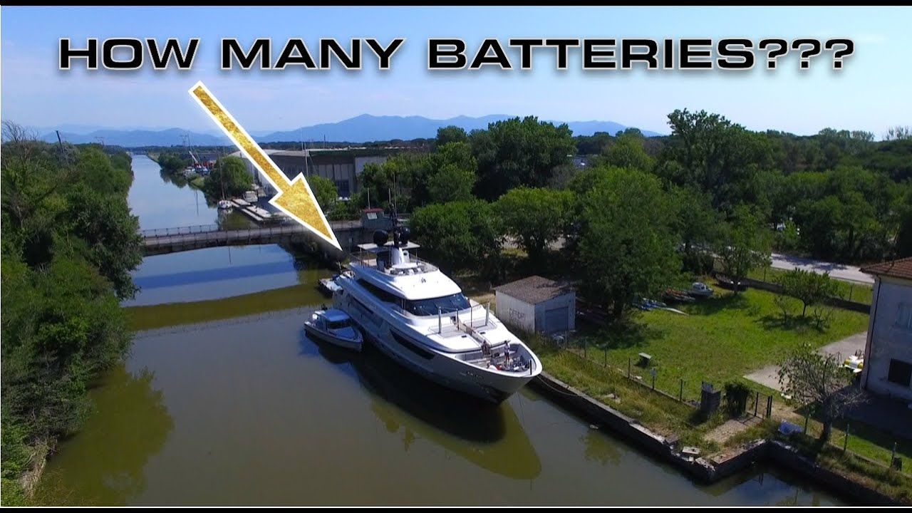 SUPER YACHT BATTERY POWER (Captain's Vlog 149)