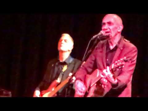 "Paul Kelly live -- ""Careless"" Minneapolis Oct. 11, 2017"