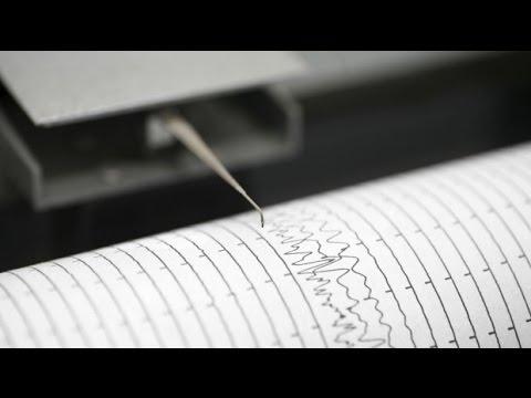 Alaska 6.8-magnitude earthquake shakes buildings