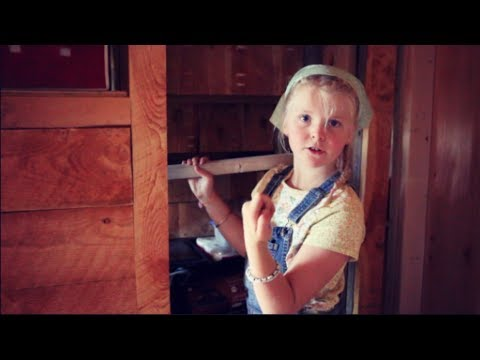 Tiny House KIDS Make Their Own Furniture With Hand TOOLS
