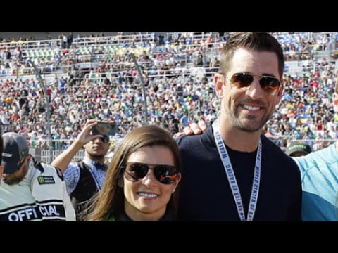 Aaron Rodgers and Danica Patrick Show Off Some Major PDA During Daytona 500