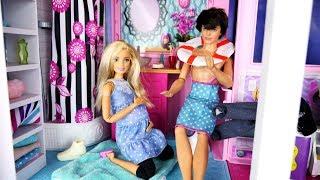 Rodzinka Barbie #2 * WIZYTA W DOMU DREAMHOUSE BARBIE - BARBIE W CIĄŻY * Bajka po polsku z lalkami Video