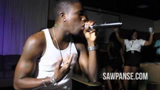 "Oswald - ""I Need Your Body"" (LIVE) - SawPanse.com"