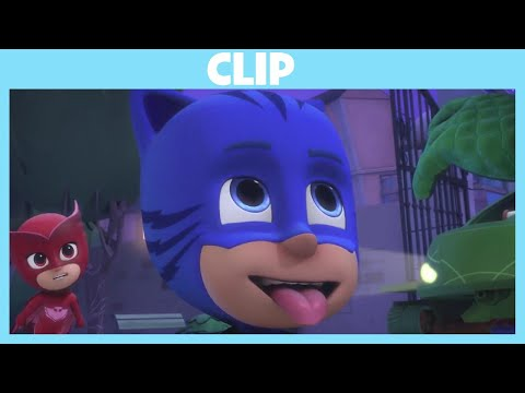 PJ Masks | Babysitter Gekko | Disney Junior UK
